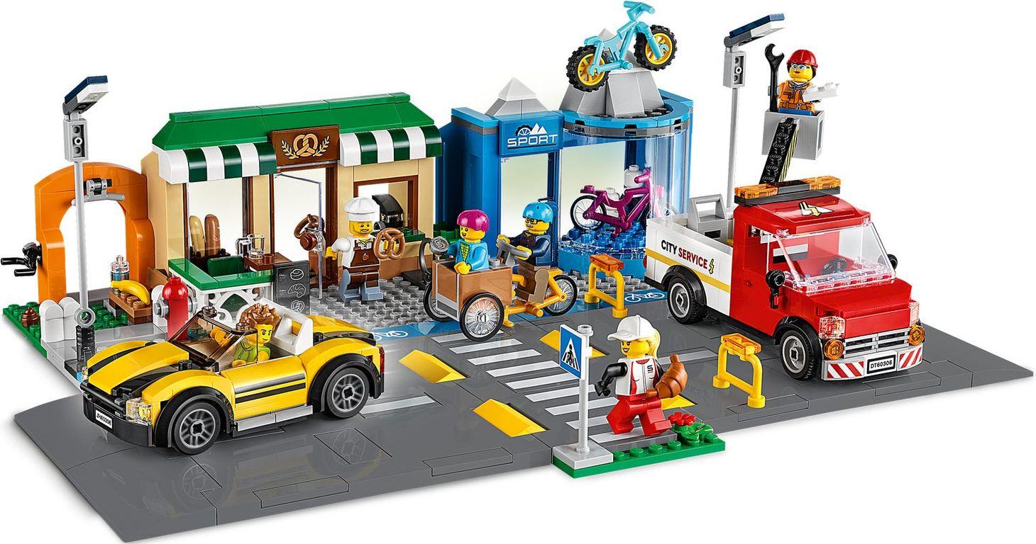 LEGO® City Shopping Street gameplay