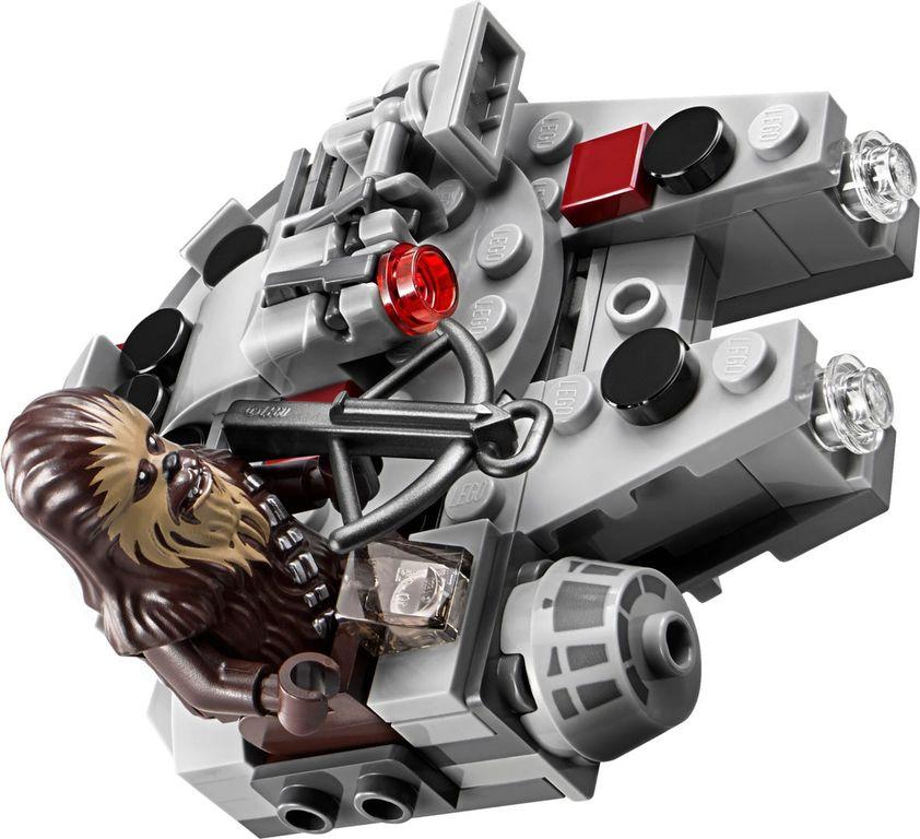 Millennium Falcon™ Microfighter gameplay