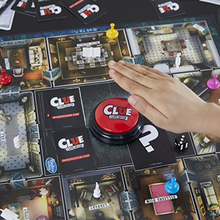 Clue: Liars Edition gameplay