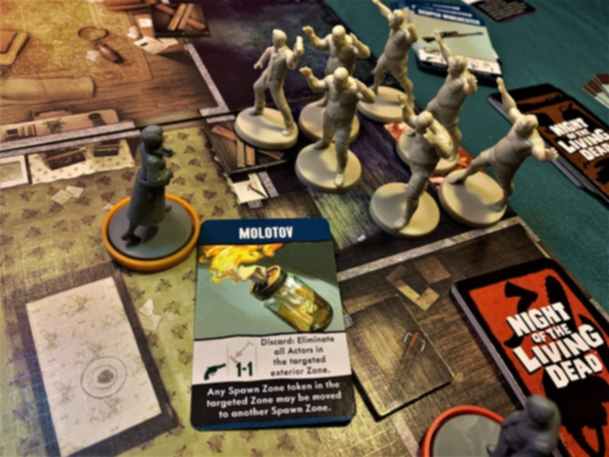 Night of the Living Dead: A Zombicide Game gameplay
