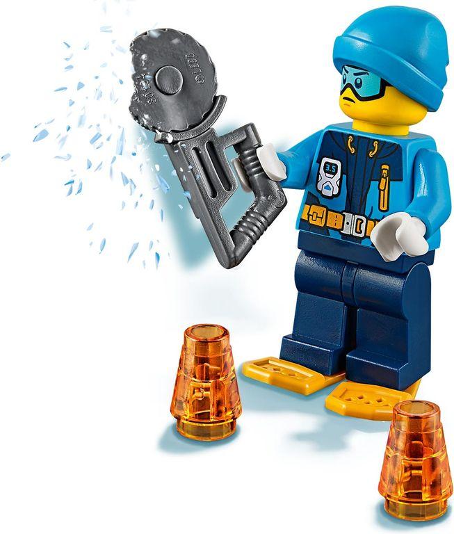 LEGO® City Arctic Ice Glider minifigures