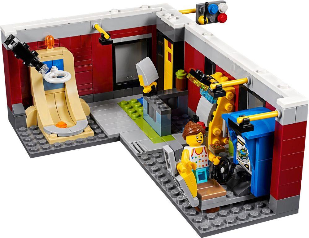 Modular Skate House interior