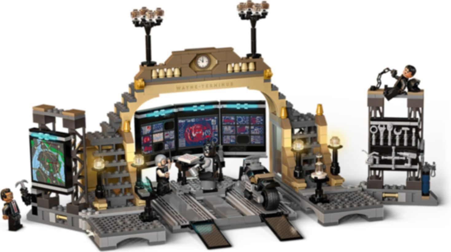 LEGO® DC Superheroes Batcave™: The Riddler™ Face-off gameplay