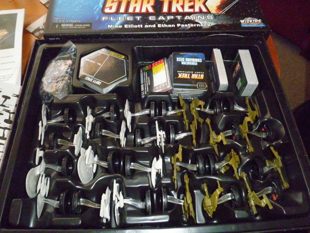 Star Trek: Fleet Captains miniatures