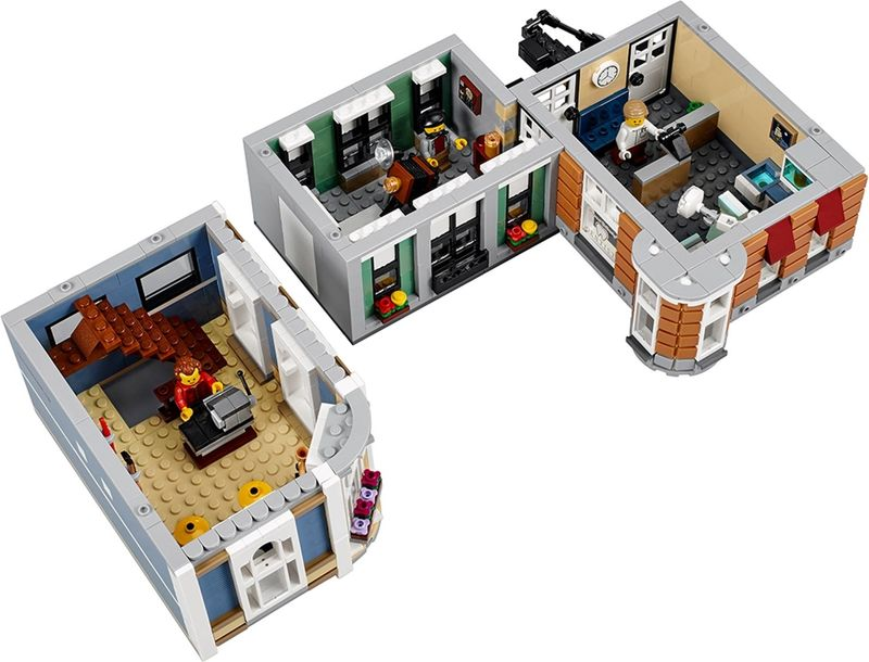 LEGO® Creator Expert Assembly Square interior