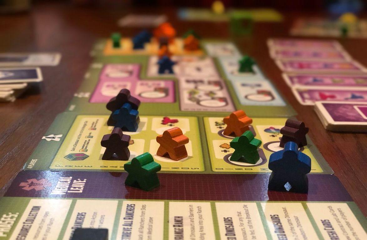 Tiny Epic Dinosaurs gameplay
