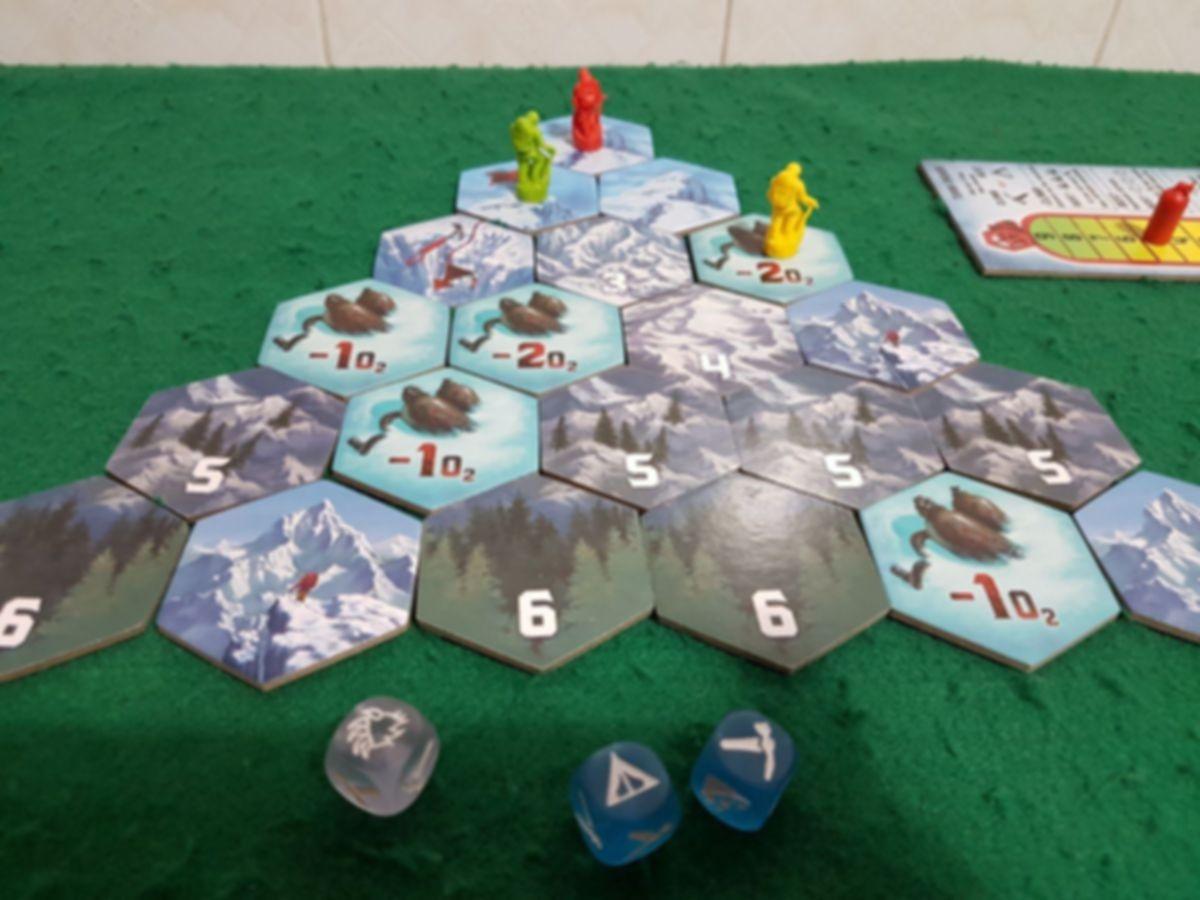 Dicey Peaks gameplay