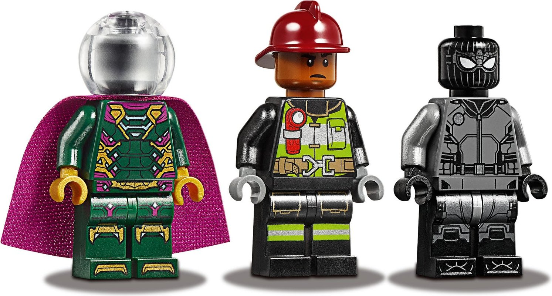 Molten Man Battle minifigures