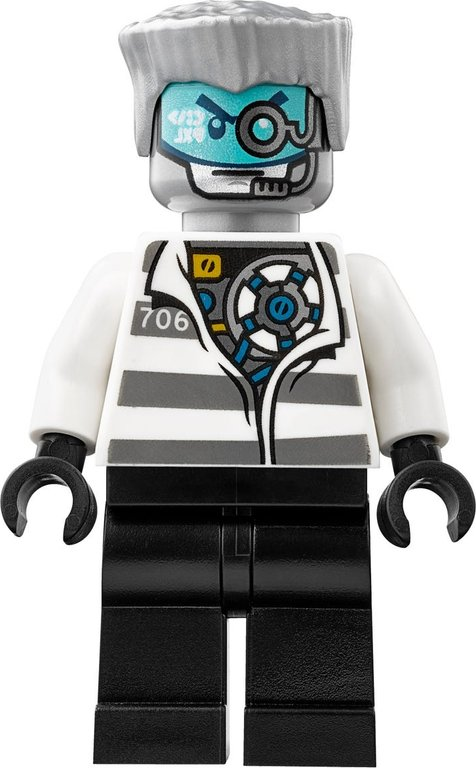LEGO® Ninjago Kryptarium Prison Breakout minifigures