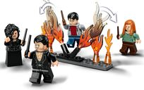 Attack on the Burrow minifigures