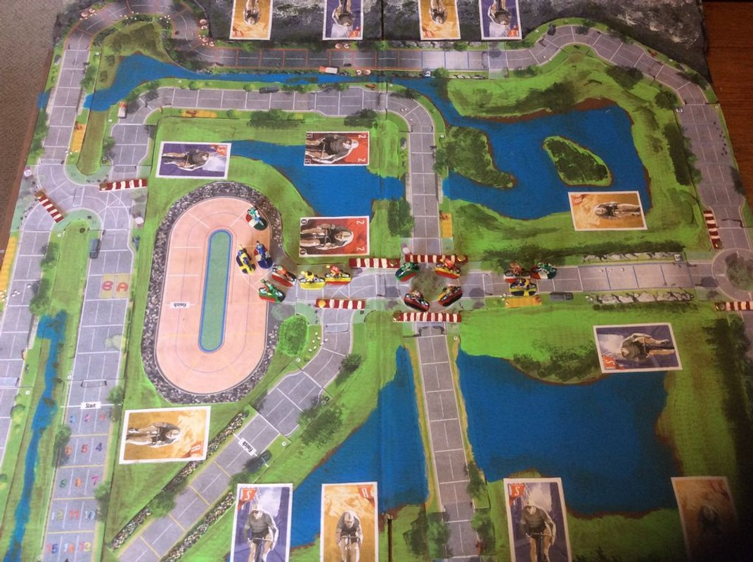 Flamme Rouge game board