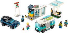 LEGO® City Service Station components