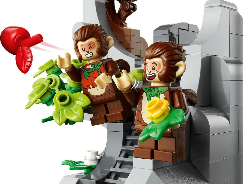 LEGO® Monkie Kid The Legendary Flower Fruit Mountain minifigures