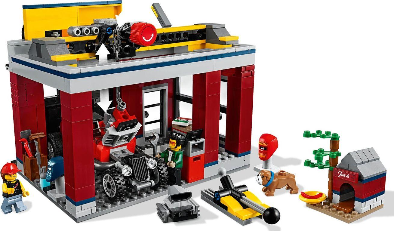 LEGO® City Tuning Workshop gameplay