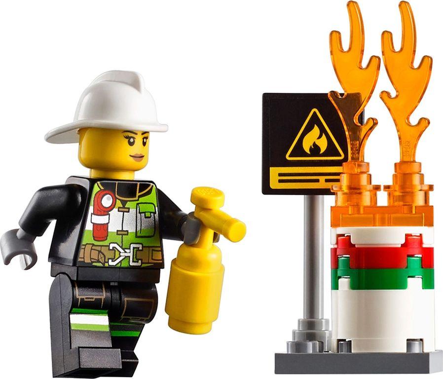 Fire Ladder Truck minifigures