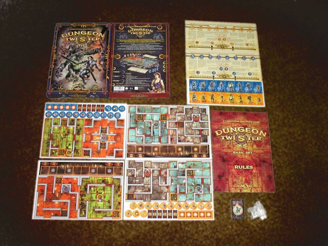 Dungeon Twister components