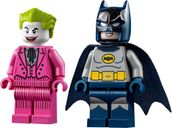 LEGO® DC Superheroes Batman™ Classic TV Series Batmobile™ minifigures
