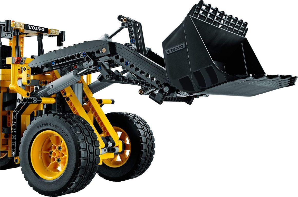 Remote-Controlled VOLVO L350F Wheel Loader components