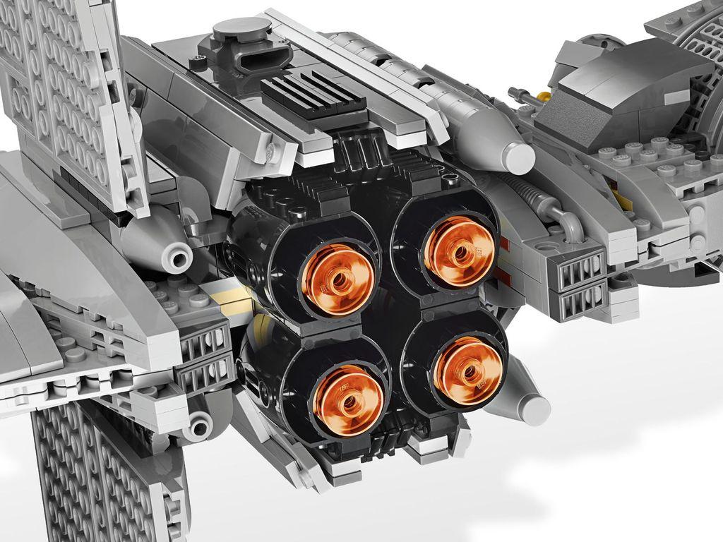 LEGO® Star Wars B-wing Starfighter back side
