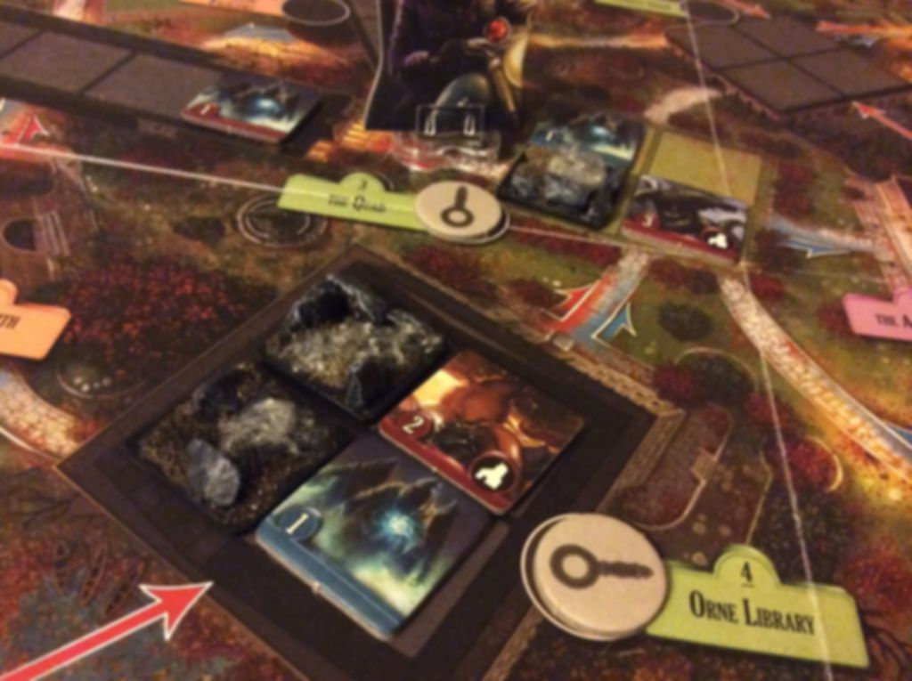 Arkham Horror: Final Hour gameplay