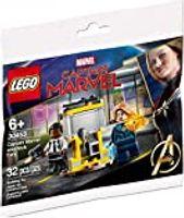 LEGO® Marvel Captain Marvel and Nick Fury (Polybag)
