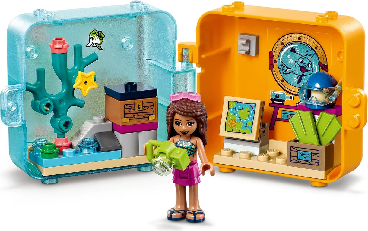 LEGO® Friends Andrea's Summer Play Cube components