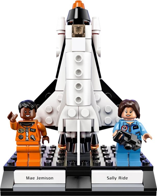 LEGO® Ideas Women of NASA components