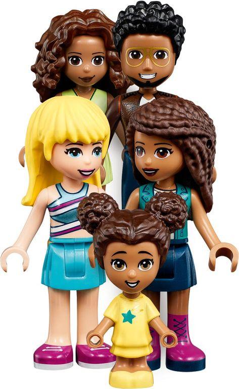 Andrea's Family House minifigures