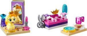 Daisy's Beauty Salon components