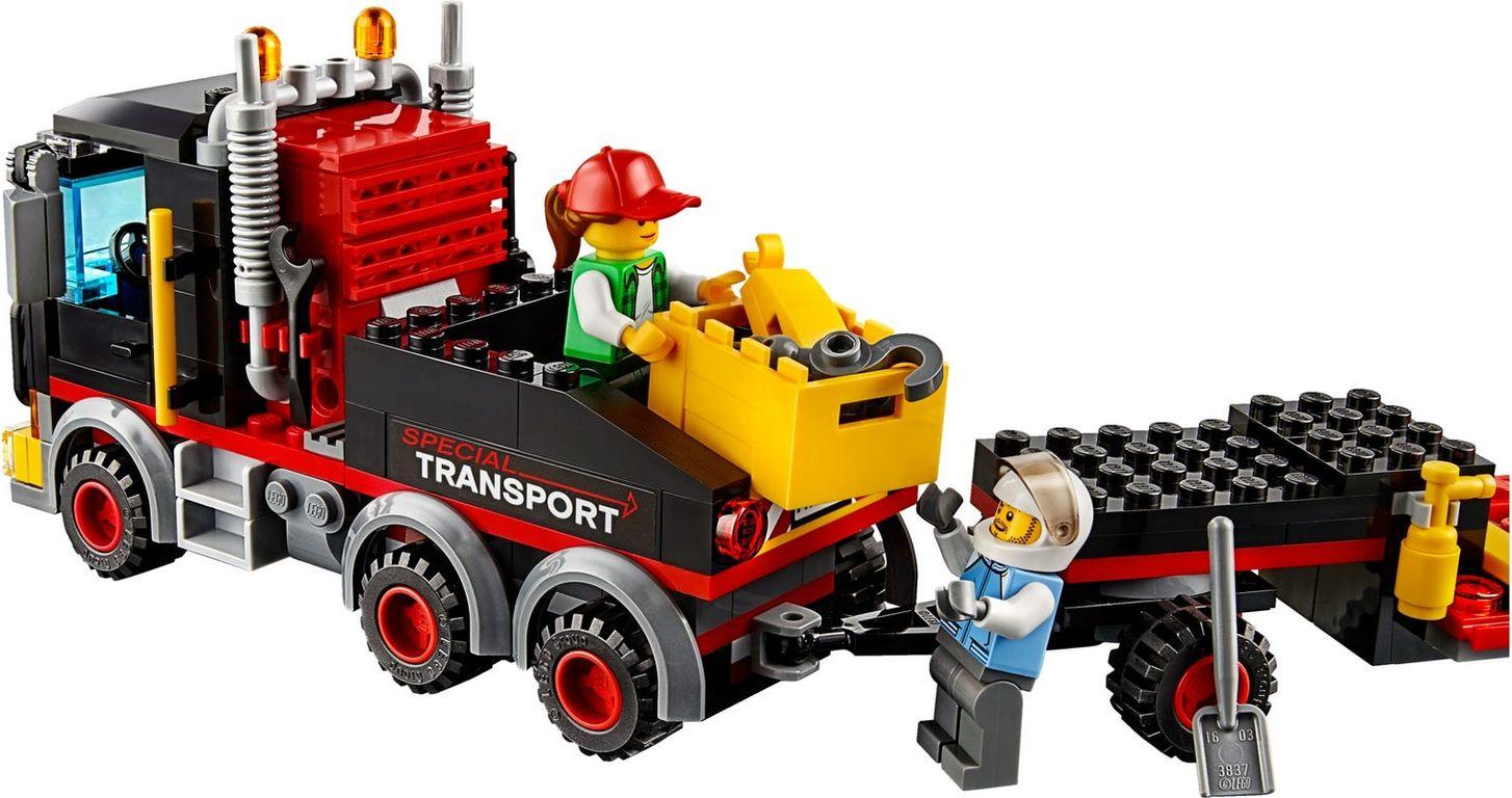 Heavy Cargo Transport gameplay