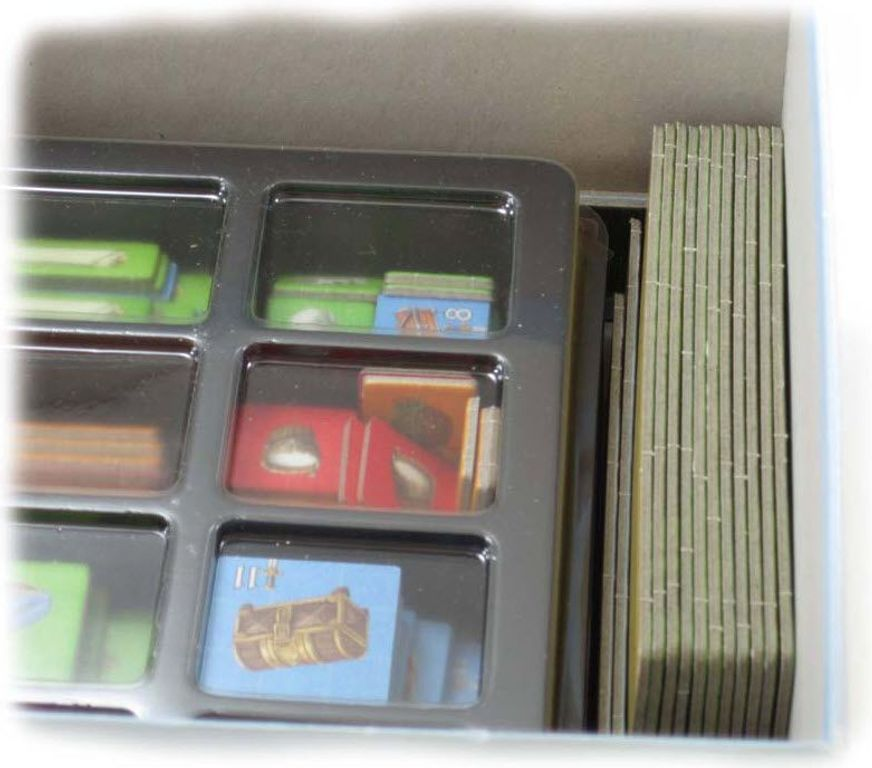 A Feast for Odin: Folded Space Insert components