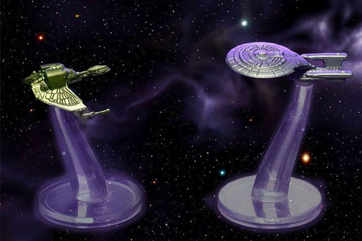 Star Trek: Frontiers miniatures