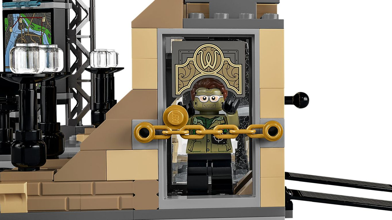LEGO® DC Superheroes Batcave™: The Riddler™ Face-off components