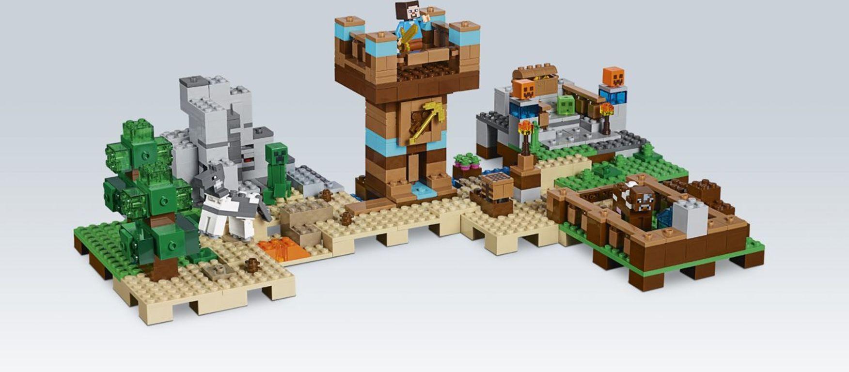LEGO® Minecraft The Crafting Box 2.0 gameplay