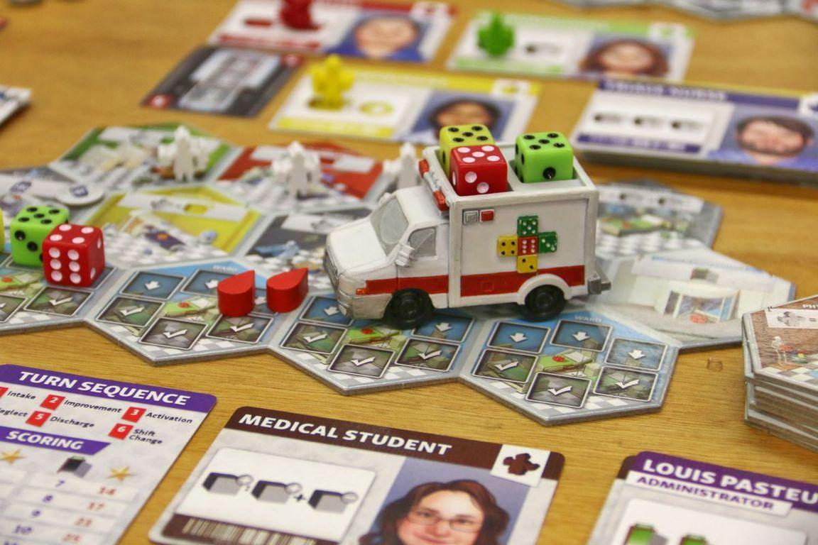 Dice Hospital gameplay