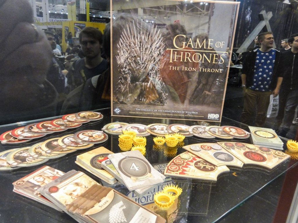 Game of Thrones: The Iron Throne components