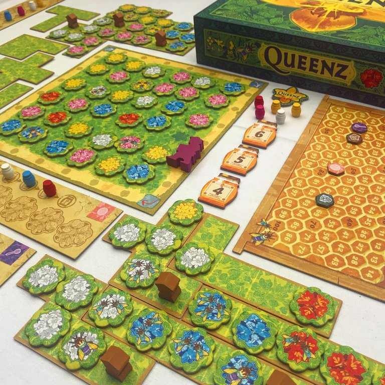 Queenz: To bee or not to bee board games