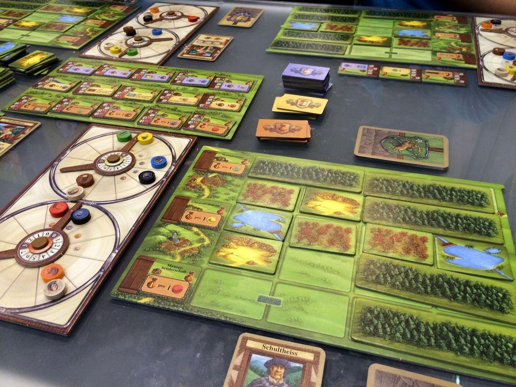 Glass Road gameplay