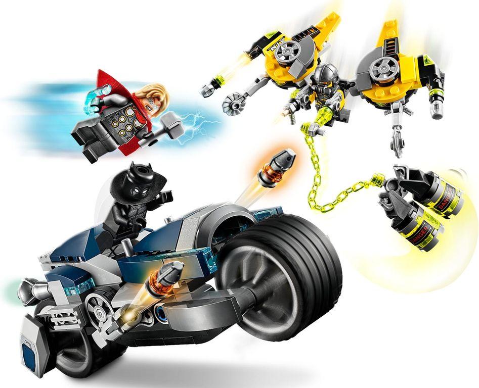 Avengers Speeder Bike Attack gameplay