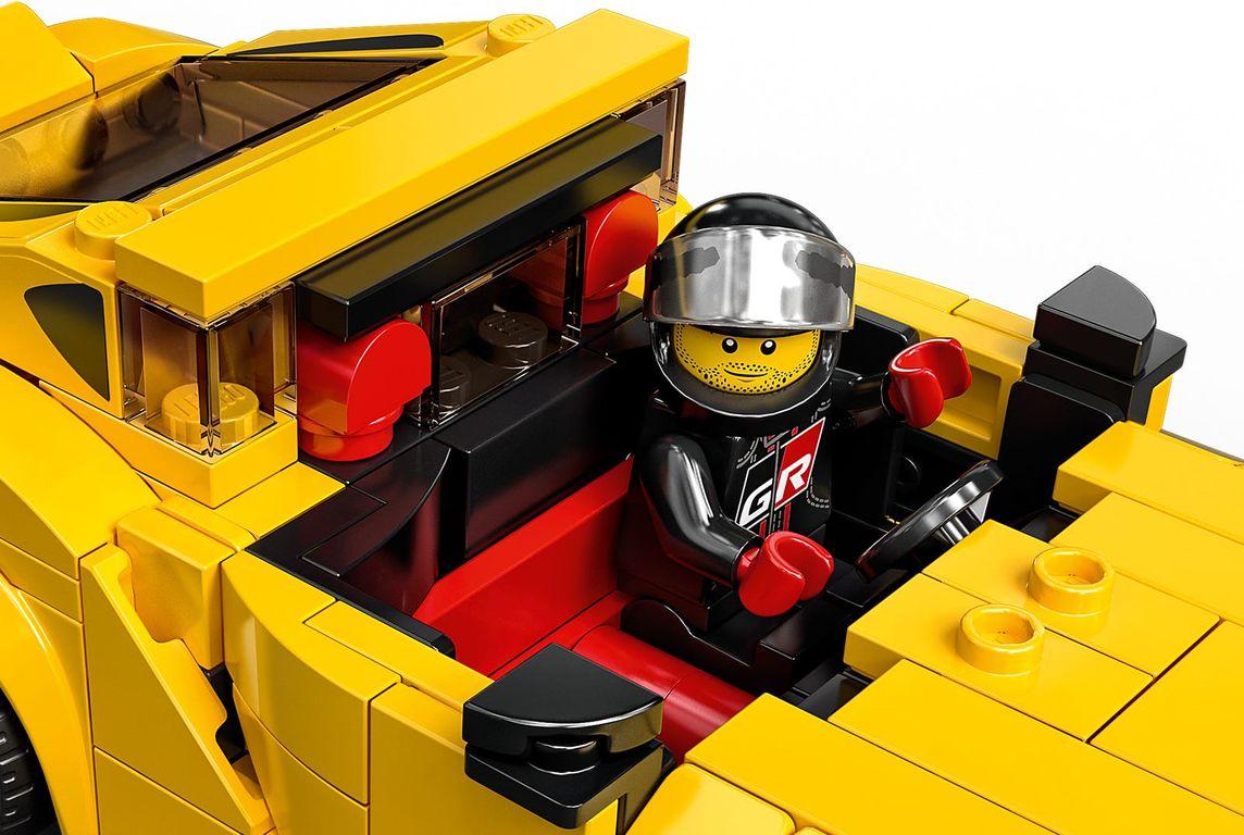 LEGO® Speed Champions Toyota GR Supra interior