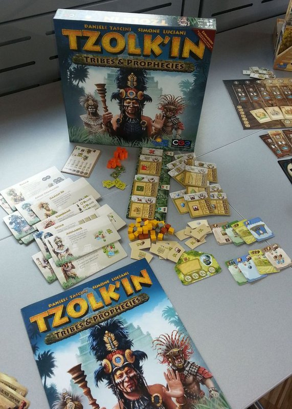 Tzolk'in: The Mayan Calendar - Tribes & Prophecies components