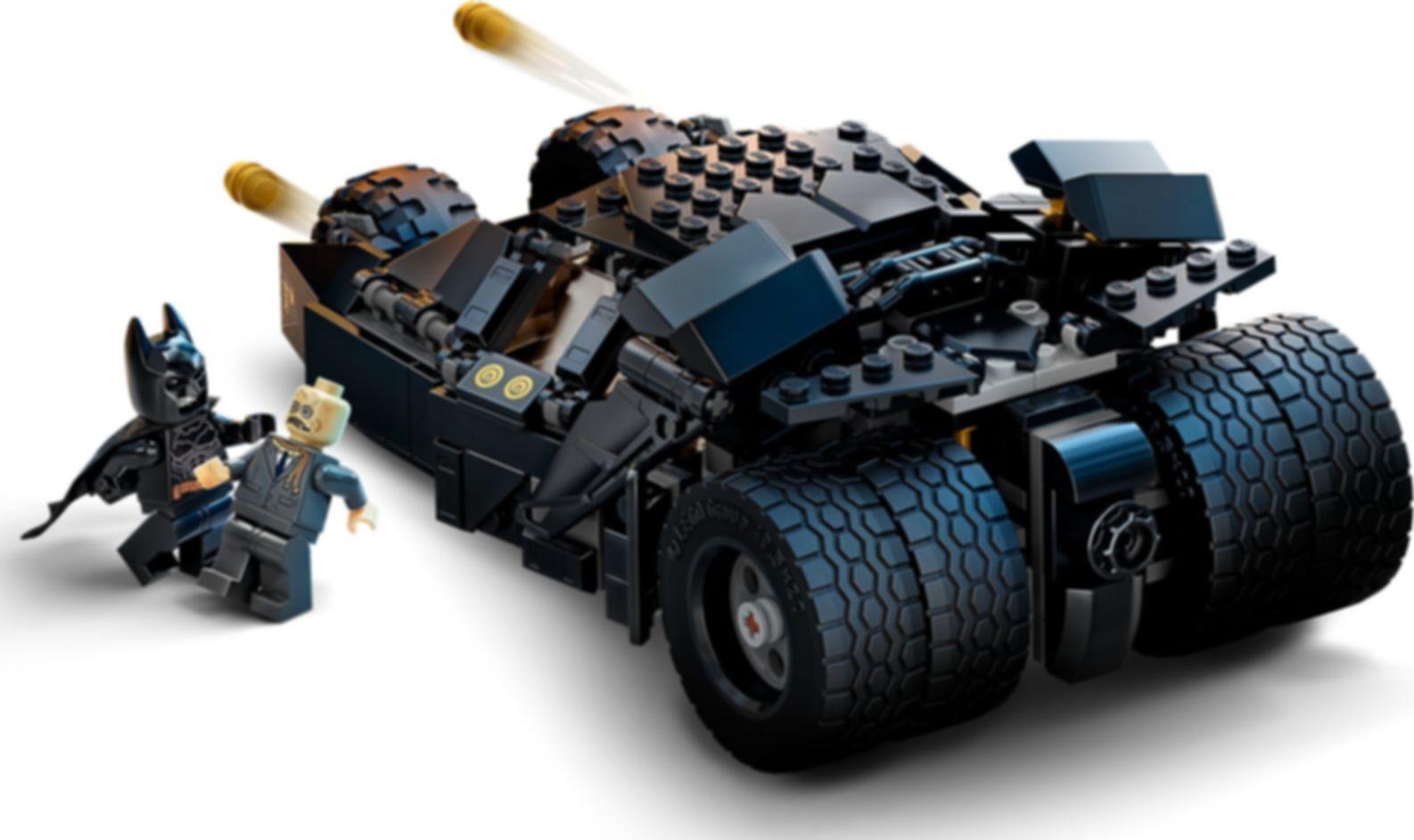 LEGO® DC Superheroes LEGO® DC Batman™ Batmobile™ Tumbler: Scarecrow™ Showdown gameplay