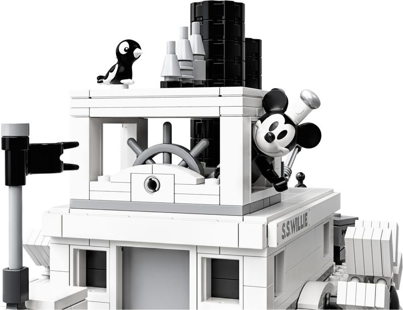LEGO® Ideas Steamboat Willie gameplay