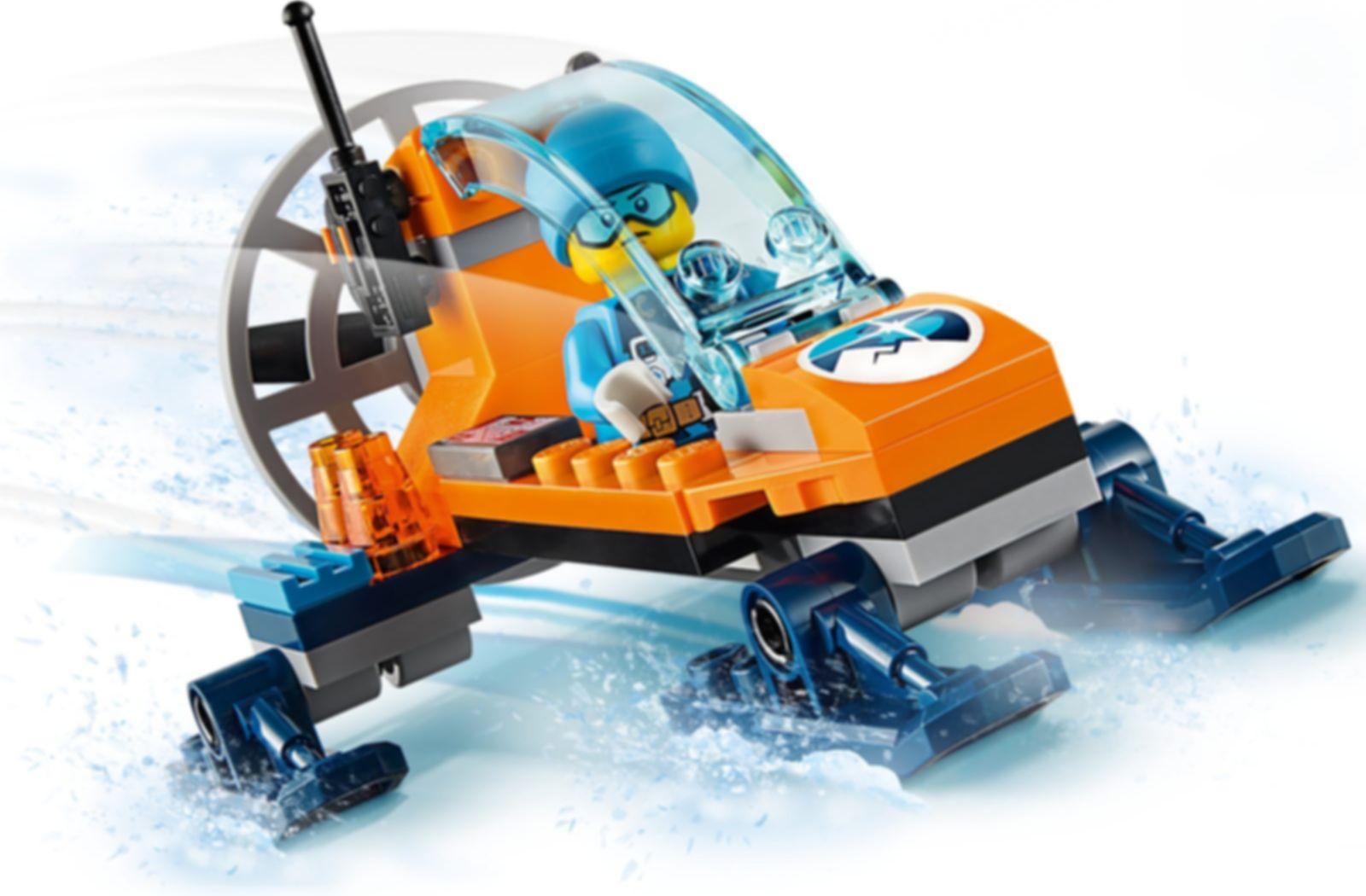 LEGO® City Arctic Ice Glider gameplay