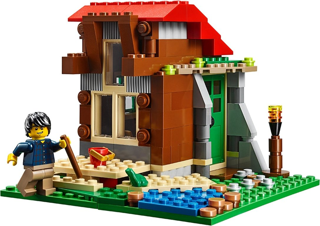 LEGO® Creator Lakeside Lodge gameplay
