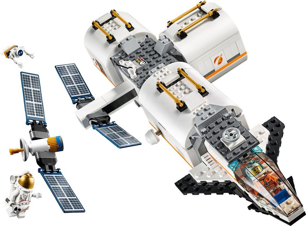 LEGO® City Lunar Space Station components