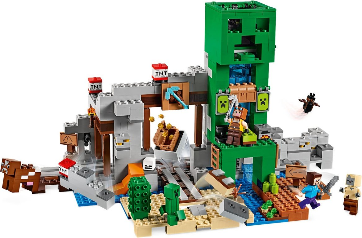 LEGO® Minecraft The Creeper™ Mine gameplay