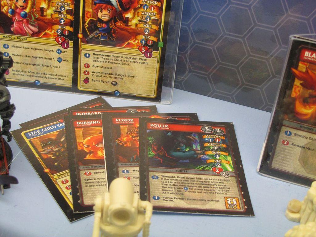 Super Dungeon Explore: Caverns of Roxor cards