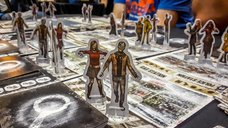 Dead of Winter: A Crossroads Game gameplay