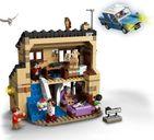 LEGO® Harry Potter™ 4 Privet Drive interior